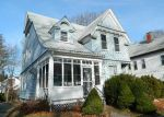 Foreclosed Home en HIGHLAND ST, Brockton, MA - 02301