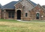 Foreclosed Home en MILL CROSSING LN, Springtown, TX - 76082