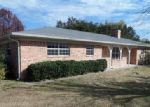 Foreclosed Home en PLEASANT VALLEY LN, Weatherford, TX - 76087