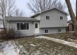 Foreclosed Home en 20TH ST SW, Watertown, SD - 57201