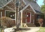 Foreclosed Home en EMERSON RD, Cleveland, OH - 44121