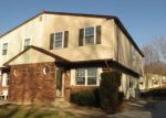 Foreclosed Home en SHARON AVE, Darby, PA - 19023