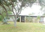 Foreclosed Home en REYNOLDS AVE, Taft, TX - 78390