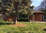 Foreclosed Home en RED LEAF LN, Southfield, MI - 48076