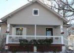 Foreclosed Home en E 7TH ST, Newton, KS - 67114