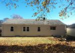 Foreclosed Home en BAYBERRY LN, Stratford, CT - 06614