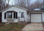 Foreclosed Home en KENSINGTON DR, Niles, MI - 49120