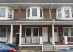 Foreclosed Home en W POPLAR ST, York, PA - 17404