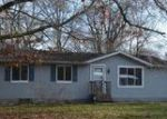 Foreclosed Home en W ALGONQUIN DR, Benton Harbor, MI - 49022