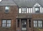 Foreclosed Home en ENDERBY RD, Cleveland, OH - 44120