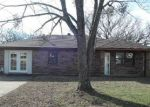 Foreclosed Home en DAWNA ST, Durant, OK - 74701