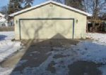 Foreclosed Home en W 11TH AVE, Oshkosh, WI - 54902
