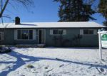 Foreclosed Home en QUINALT ST, Springfield, OR - 97477