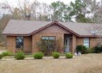 Foreclosed Home en MCFADDEN DR, Tuskegee Institute, AL - 36088