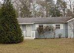 Foreclosed Home en HOGAN RD, Deatsville, AL - 36022