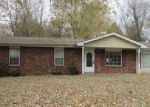 Foreclosed Home en AUGUST ST, Jackson, MO - 63755