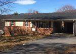 Foreclosed Home en 2ND ST, Shenandoah, VA - 22849