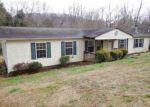 Foreclosed Home en SMITH AVE, Elizabethton, TN - 37643