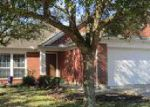 Foreclosed Home en PLUM LAKE DR, Pearland, TX - 77584