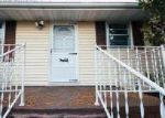 Foreclosed Home en OLD MILL RD, Midland, VA - 22728