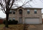Foreclosed Home en SANTA SABINA DR, Grand Prairie, TX - 75052
