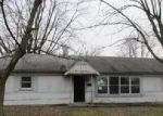 Foreclosed Home en TOTTEN DR, Greenwood, IN - 46143