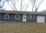 Foreclosed Home en POTTAWATOMIE ST, Leavenworth, KS - 66048