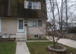 Foreclosed Home en RIVELY AVE, Darby, PA - 19023