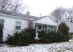 Foreclosed Home en CIRCLE DR, Fairborn, OH - 45324