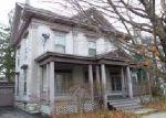 Foreclosed Home en KEYES AVE, Watertown, NY - 13601