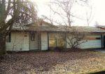 Foreclosed Home en SE GLADSTONE ST, Portland, OR - 97236