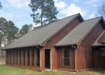 Foreclosed Home en EMMONS RD, Moselle, MS - 39459