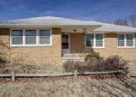 Foreclosed Home en S DUNCAN ST, Newton, KS - 67114