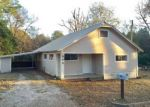 Foreclosed Home en CRAWFORD ST, Center, TX - 75935