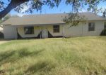 Foreclosed Home en N HARTFORD AVE, Lamesa, TX - 79331