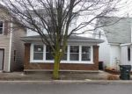 Foreclosed Home en W WATER ST, Versailles, OH - 45380