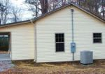 Foreclosed Home en S LAKESHORE DR, Tunnel Hill, GA - 30755