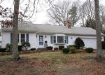 Foreclosed Home en MCNAMARA RD, West Yarmouth, MA - 02673