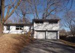 Foreclosed Home en NE 60TH TER, Kansas City, MO - 64118