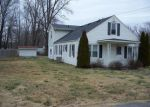 Foreclosed Home en HALLS RD, Stanton, KY - 40380