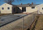 Foreclosed Home en E COURT ST S, Burton, MI - 48509