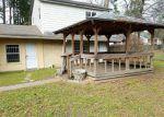 Foreclosed Home en LITTLE JOHN LN, Conroe, TX - 77301