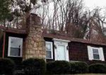 Foreclosed Home en RAVINIA RD, Charleston, WV - 25314