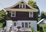 Foreclosed Home en SEABURY ST, Rutland, VT - 05701