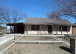 Foreclosed Home en W 2ND ST, Weatherford, TX - 76086