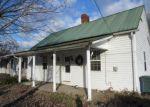 Foreclosed Home en E MILL ST, Elizabethton, TN - 37643