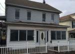 Foreclosed Home en N CHURCH ST, Hazleton, PA - 18201