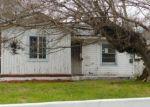 Foreclosed Home en AZTEC ST, Sylmar, CA - 91342