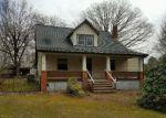 Foreclosed Home en ELMONT RD, Ashland, VA - 23005