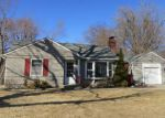 Foreclosed Home en W 62ND TER, Mission, KS - 66202